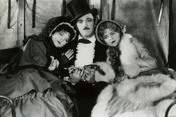 Hands Up! (1926)